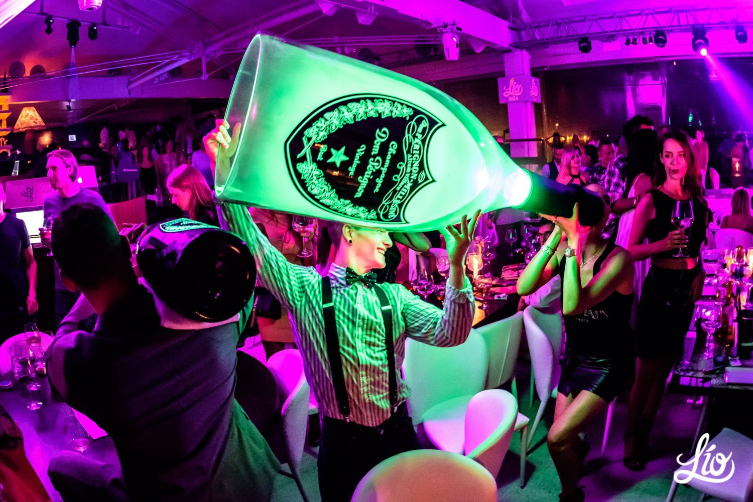 Keep Everyone Entertained At The Lio Ibiza Party